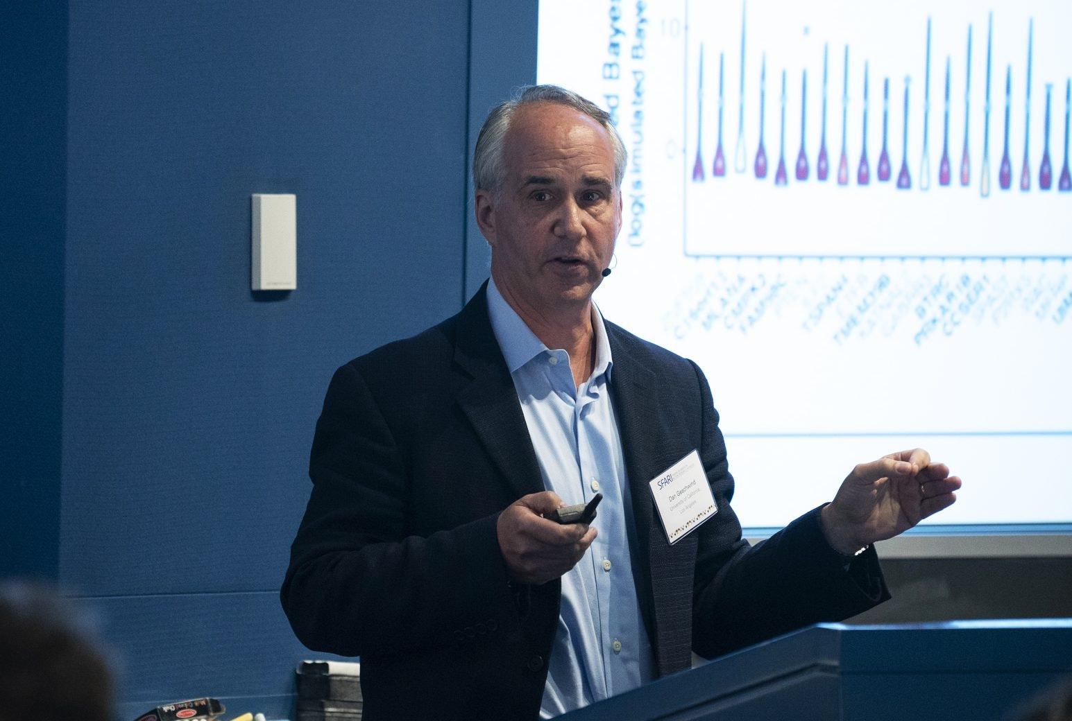 Image of Daniel Geschwind giving a presentation.